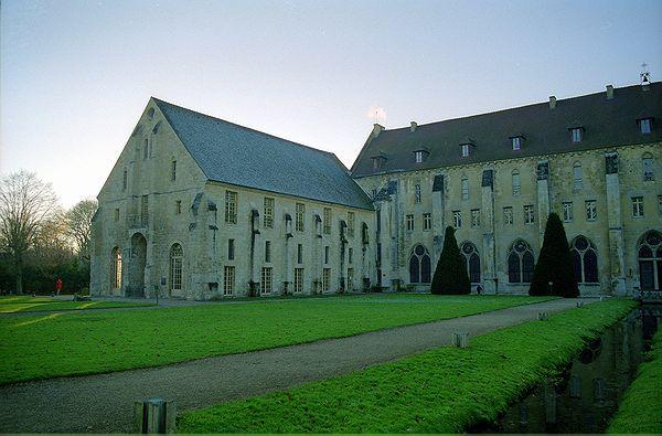 http://romanes2.free.fr//FR-Asniere-Abbaye_de_Royaumont-805911-0018.jpg